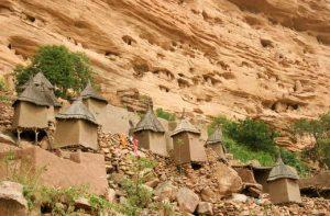 mission humanitaire au mali et volontariat humanitaire au mali pays dogon